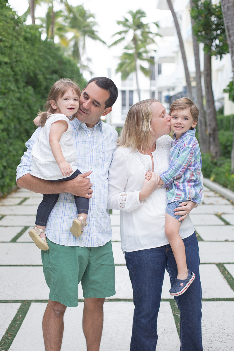 palm beach worth avenue sunrise family session